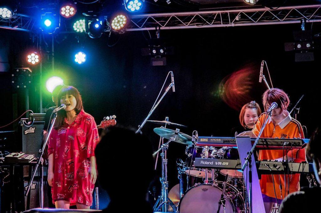 ITAZURA STORE ライブ